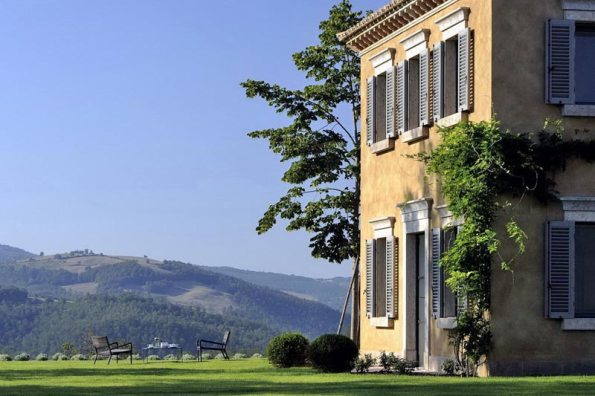 Castello di Reschio, Luxury Italian Villa for Rental, Umbria, Italy. 01