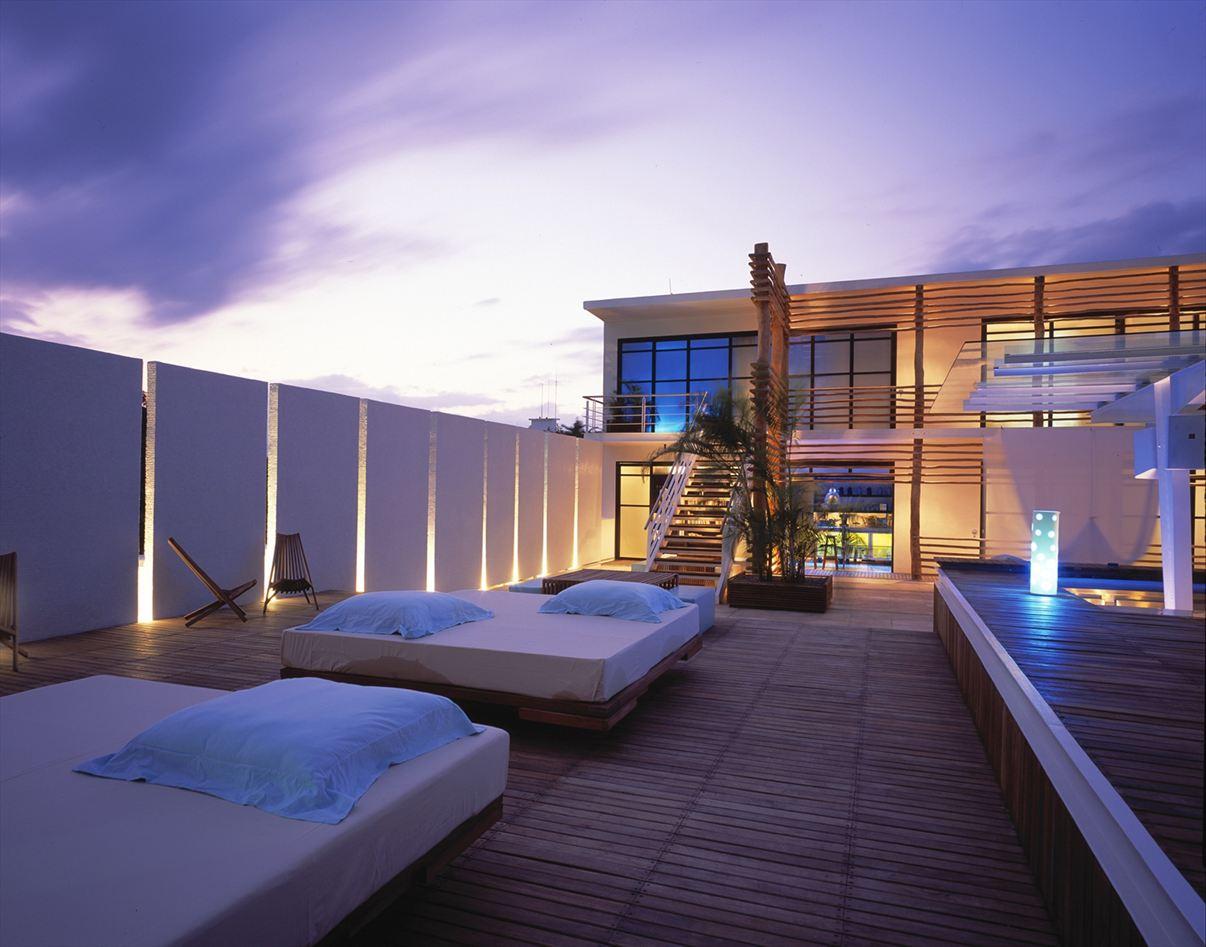 Hotel deseo playa del carmen mexico houseidea for Novelty hotel