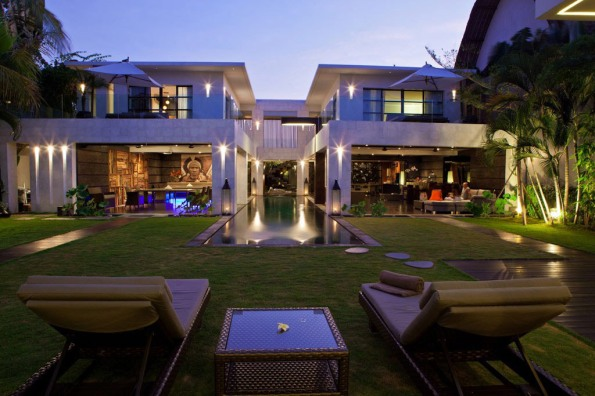 Casa Hannah in Bali, Indonesia by Bo Design 01