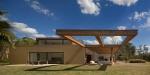 Casa Itu by Studio Arthur Casas 01